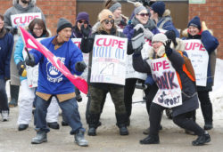 Solidarity with CUPE 2049 - locked out CAS workers